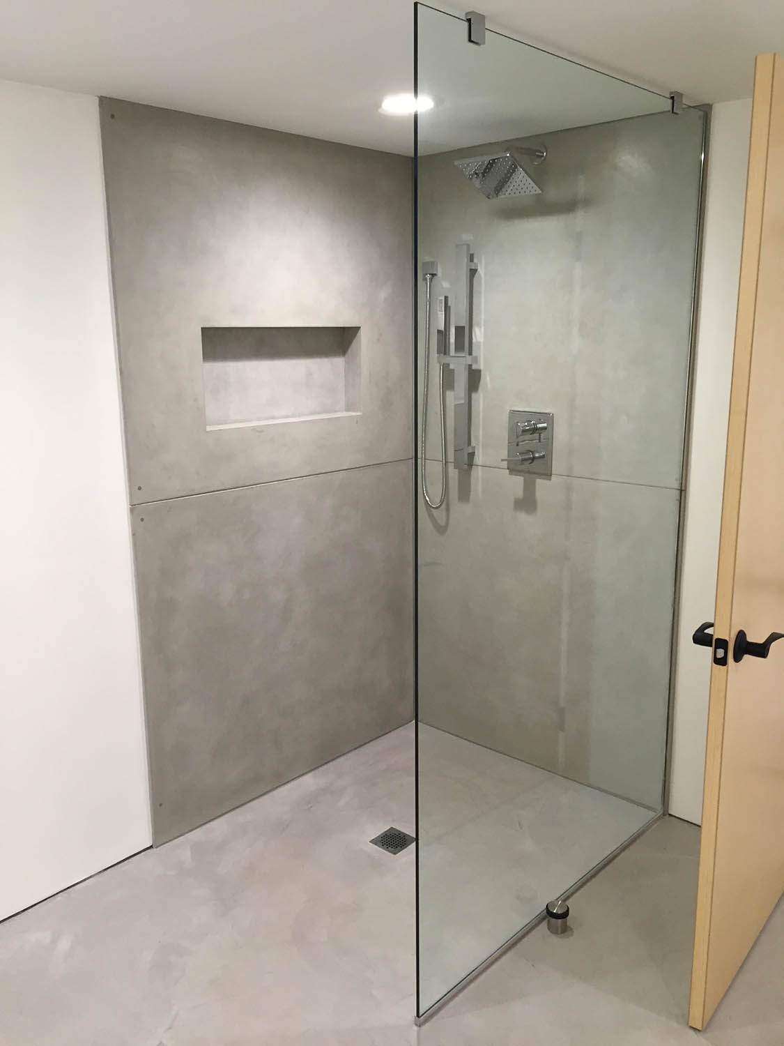 Gallery Shower Surrounds and Wall Panels : Urban Concrete Works
